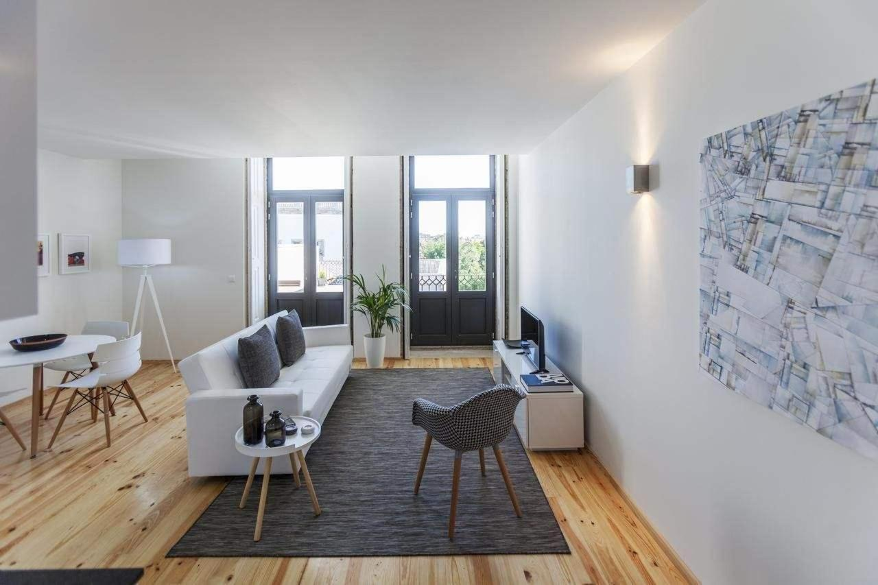 One-Bedroom Apartment with Terrace and Garden View1