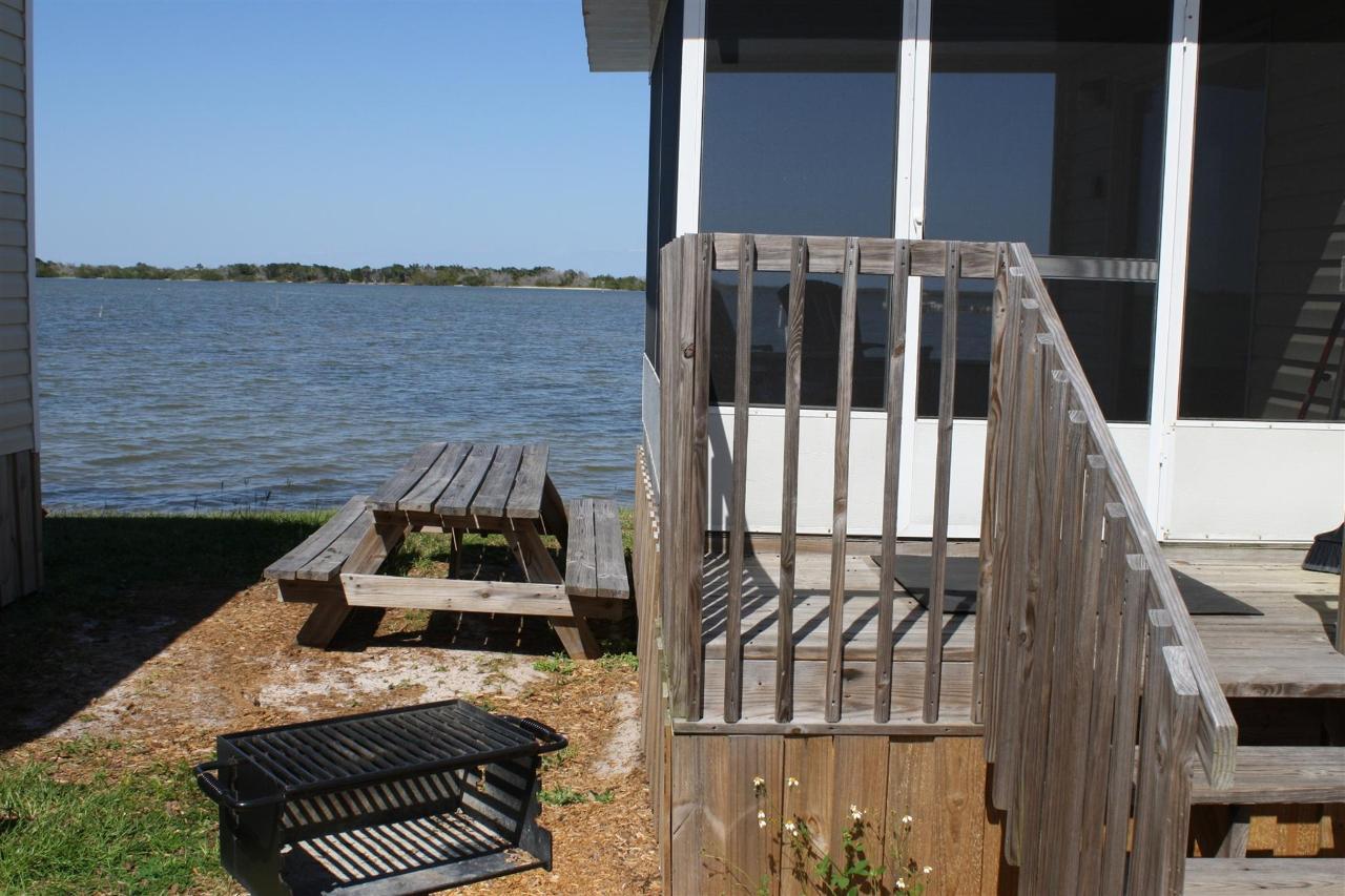 trout-screened-porch.JPG.1920x0.JPG