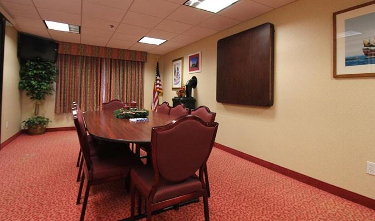 conferenceroom1.jpg.1024x0.jpg