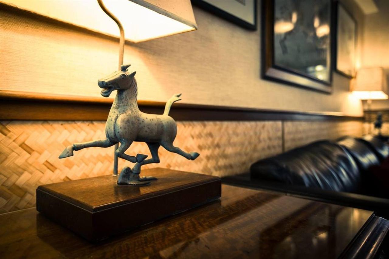 equus-lobby-v2-9-2.jpg.1024x0.jpg