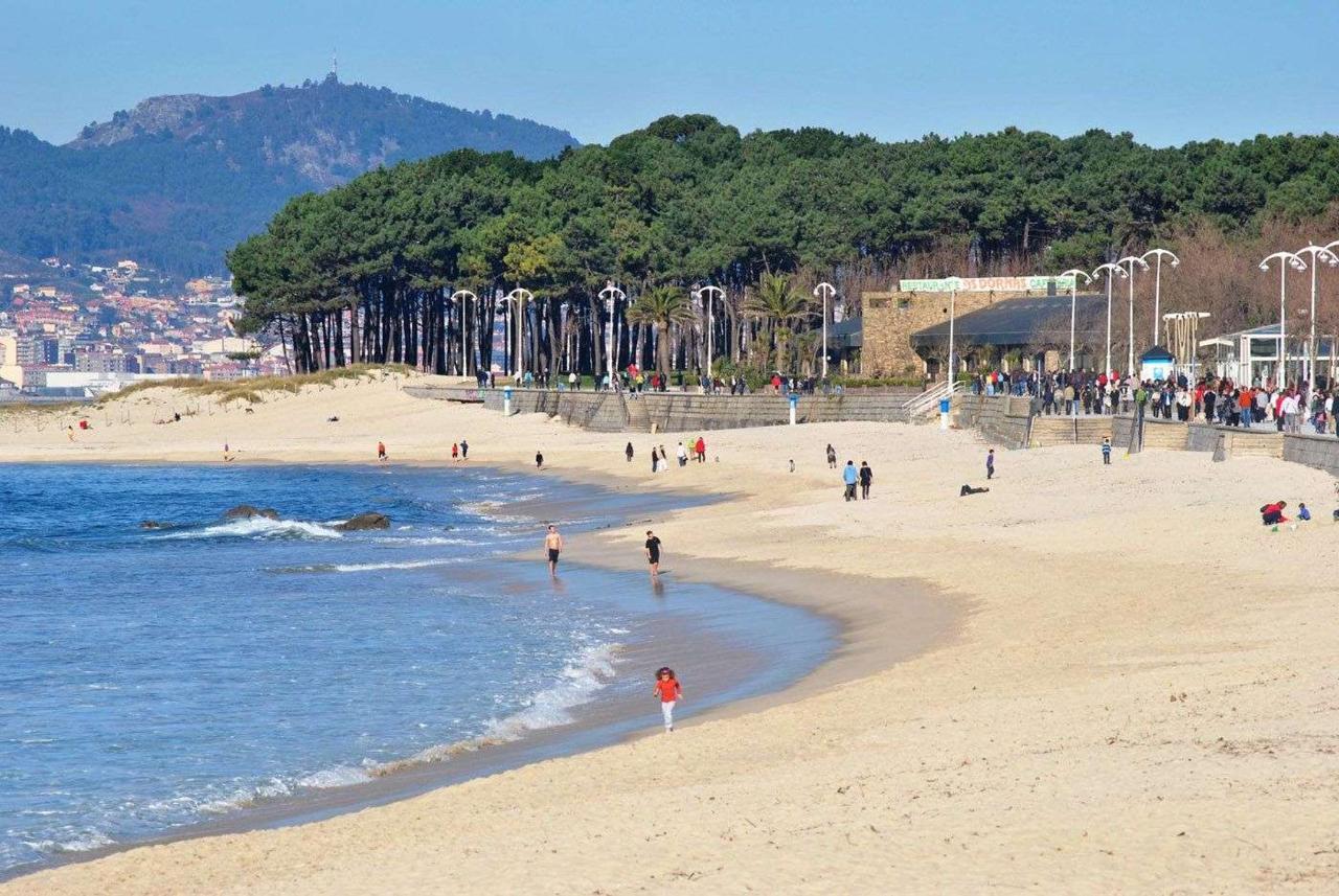 Playa de Samil (Vigo).jpg