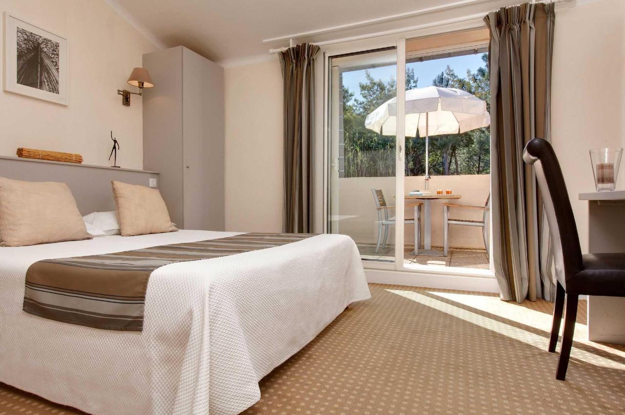 Double room with Garden View.jpg