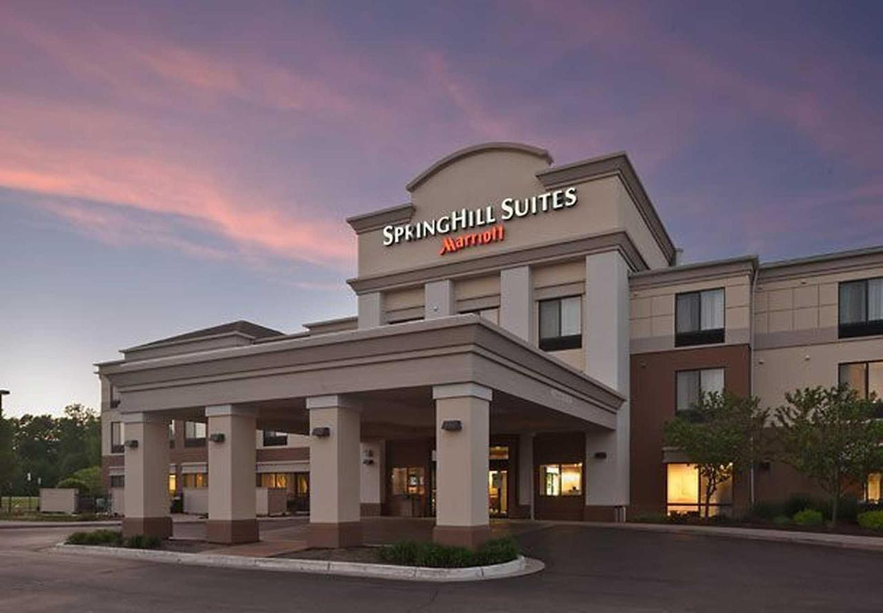 SpringHill Hill Suites Lansing (8).jpg