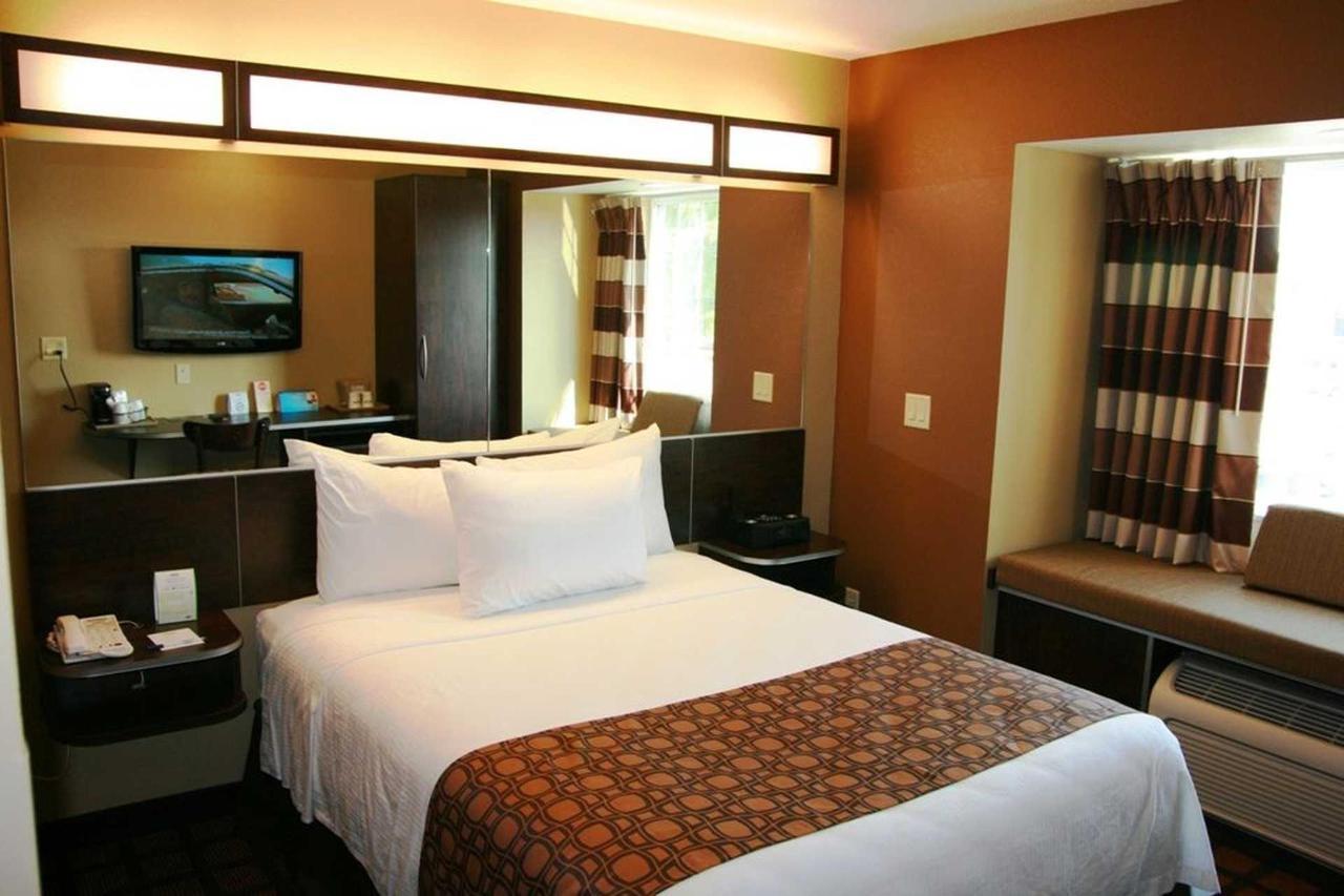 Microtel Inn Suites by Windham (5).jpg