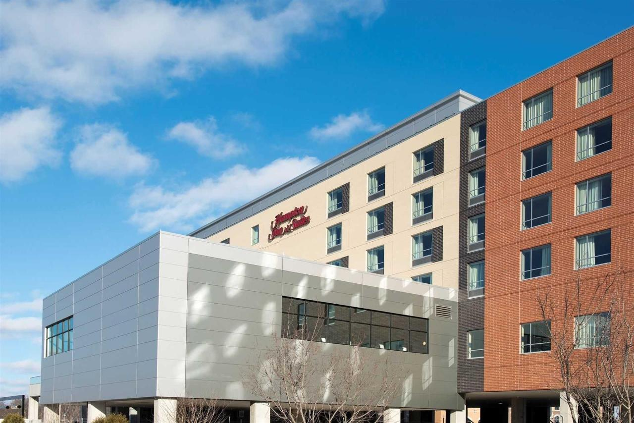 Hampton Inn Grand Rapids (7).jpg