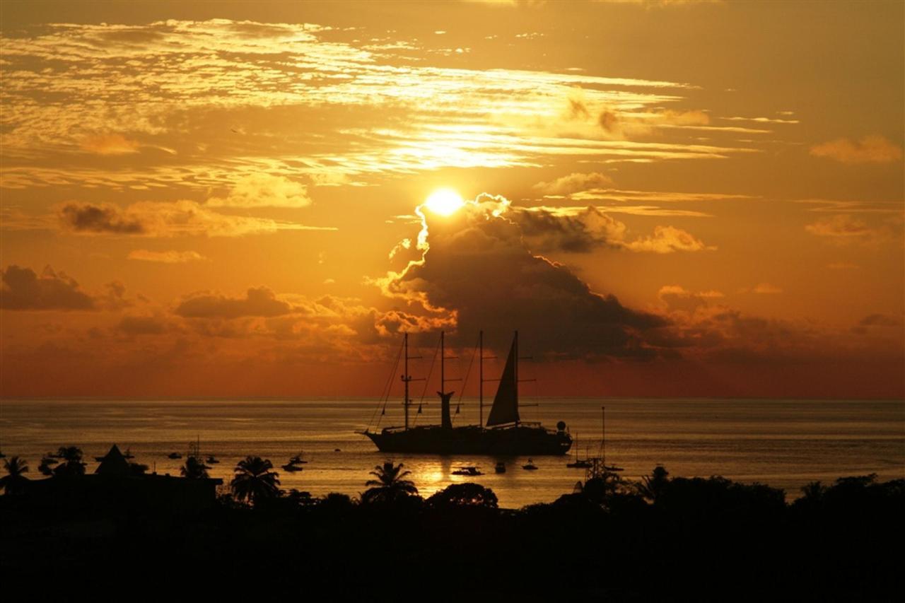 sailingsunset.JPG.1024x0.JPG