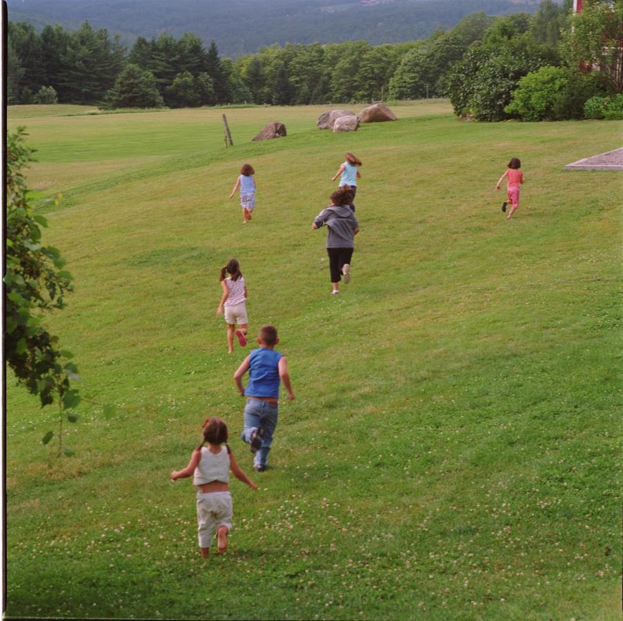 kids-running.jpg.1920x0.jpg
