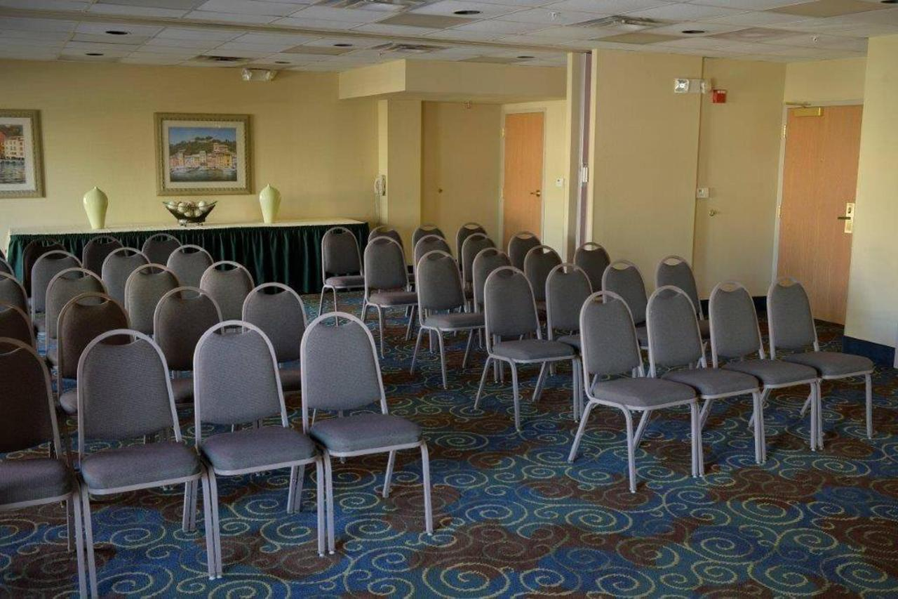 comfort-suites_2685.jpg.1024x0.jpg