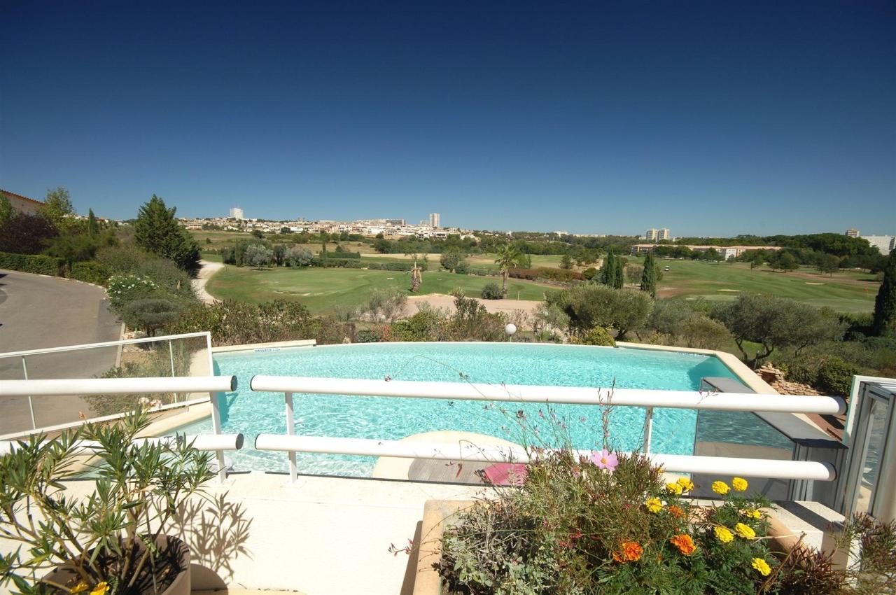 fr476-quality-hotel-du-golf-montpellier-juvignac-juvignac-swimming-pool3.jpg