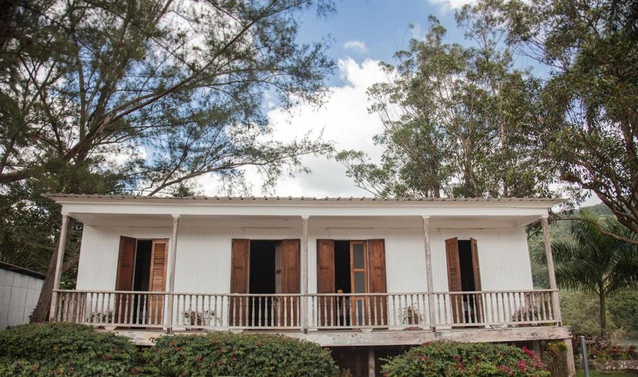 Hacienda_CVR41.jpg