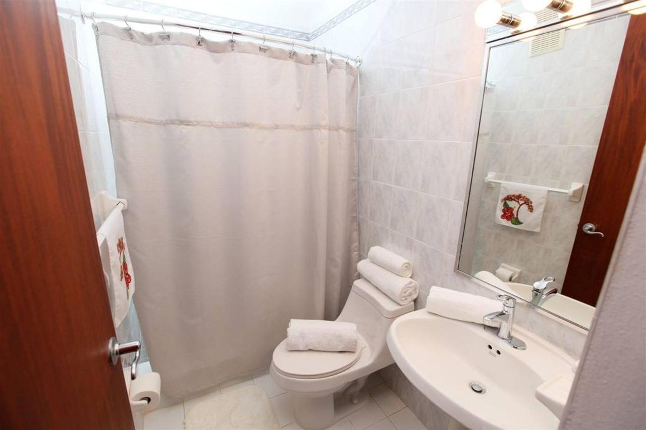 Luxurious Spanish Style Villa_CVR18.jpg