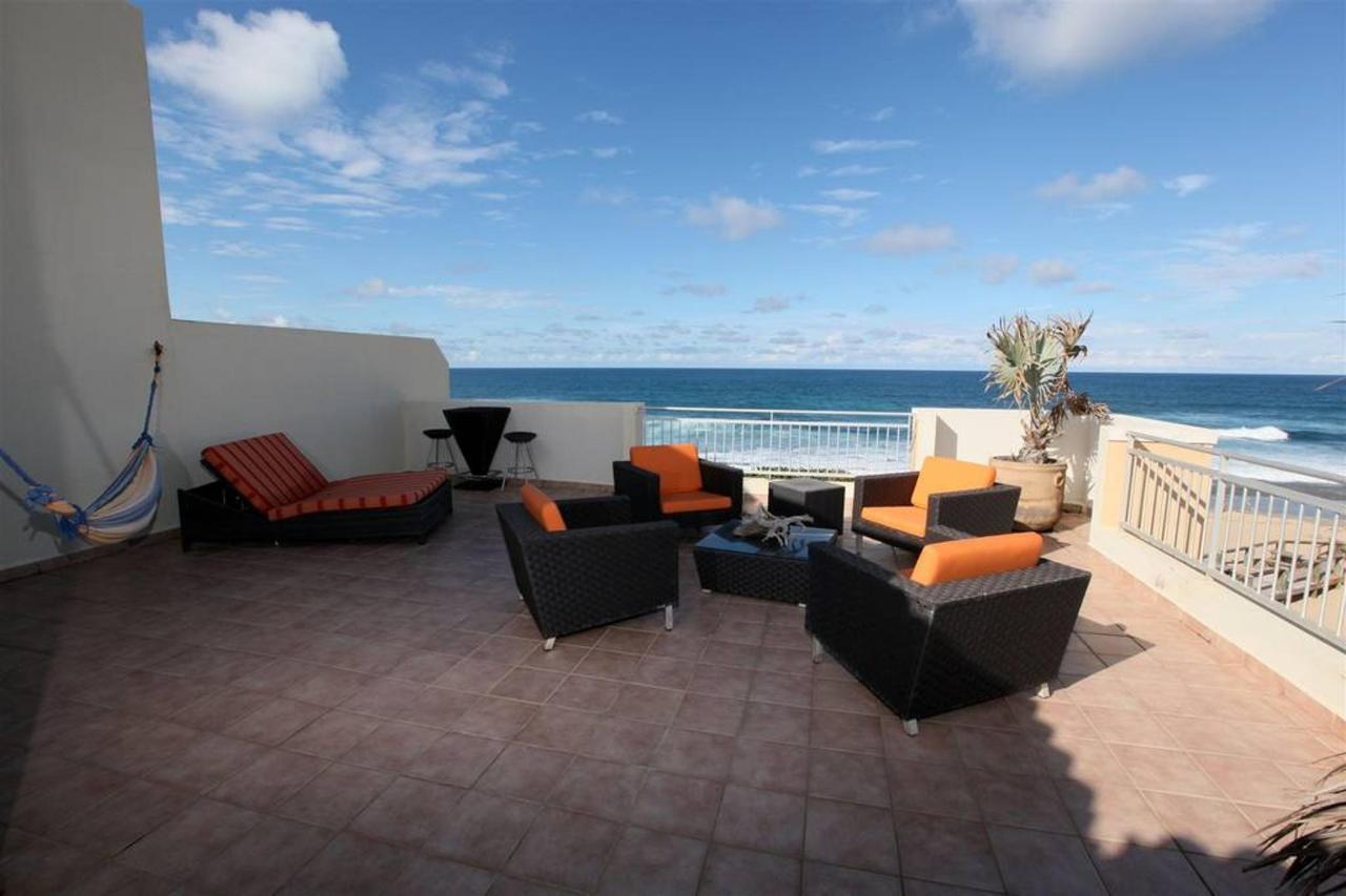 Captivating Penthouse with Ocean View_CVR13.JPG