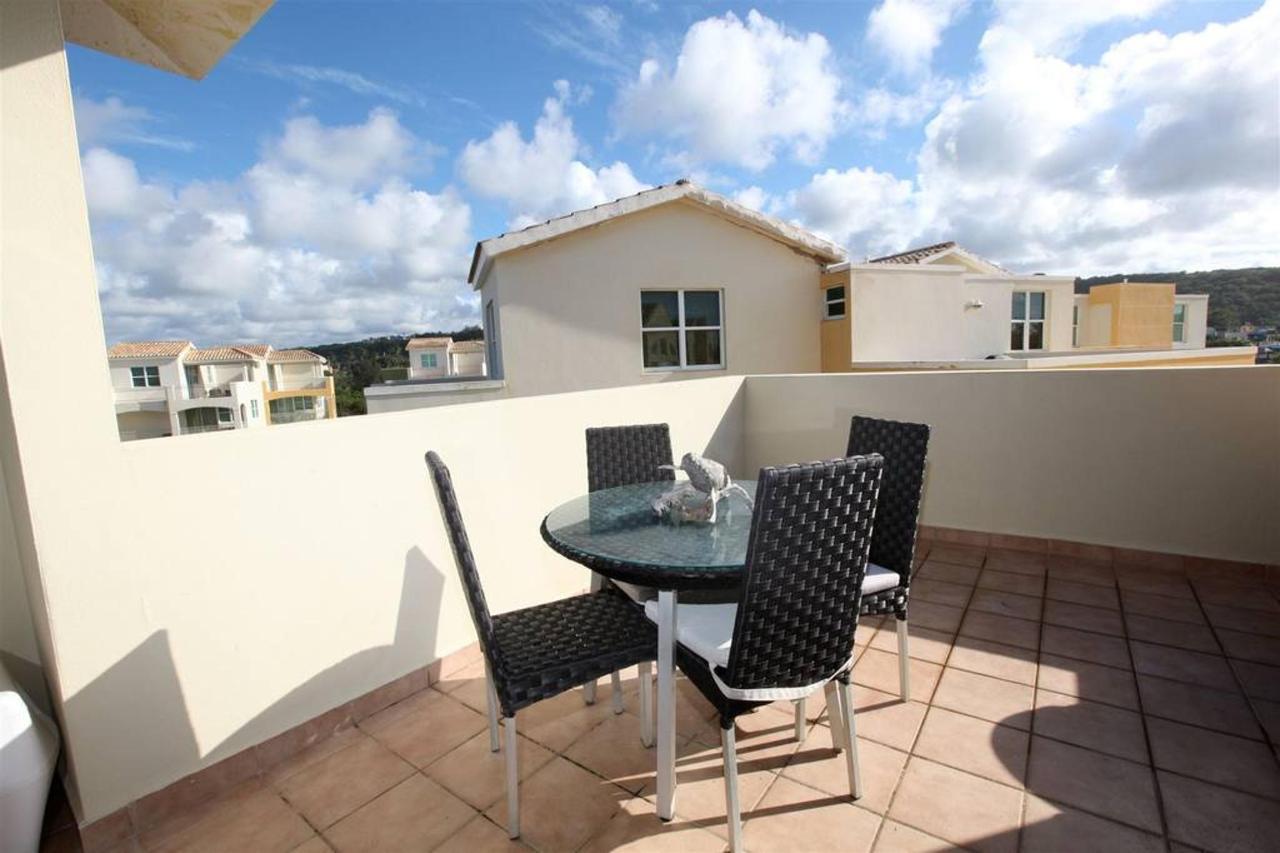 Captivating Penthouse with Ocean View_CVR15.JPG