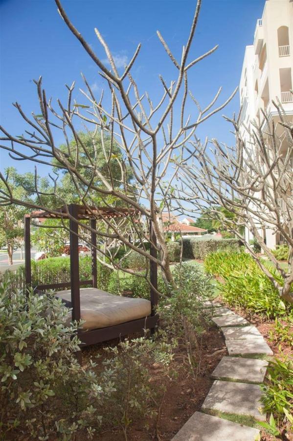 Gorgeous Gardenat Puerta del Mar_CVR2.jpg