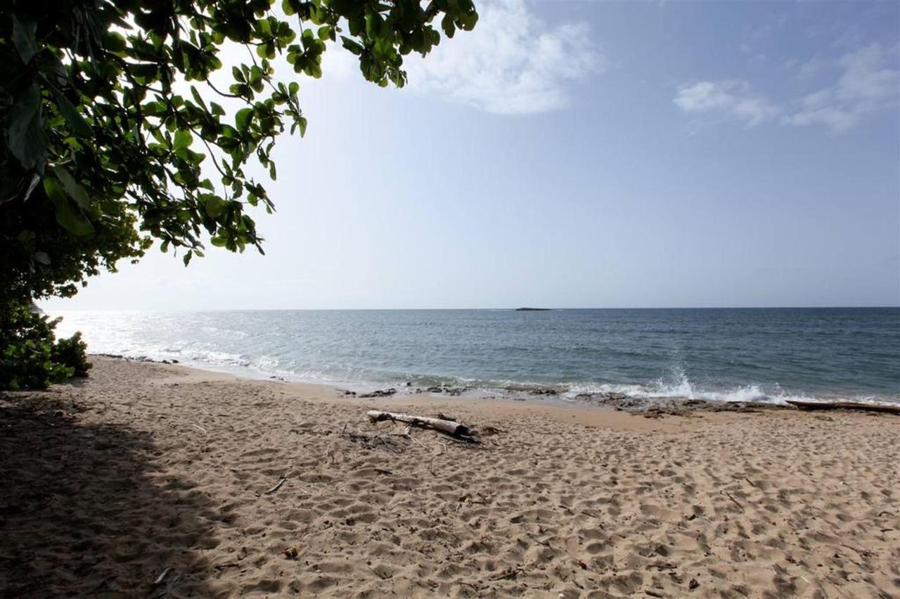 Private Beachfront Chalet_CVR27.JPG