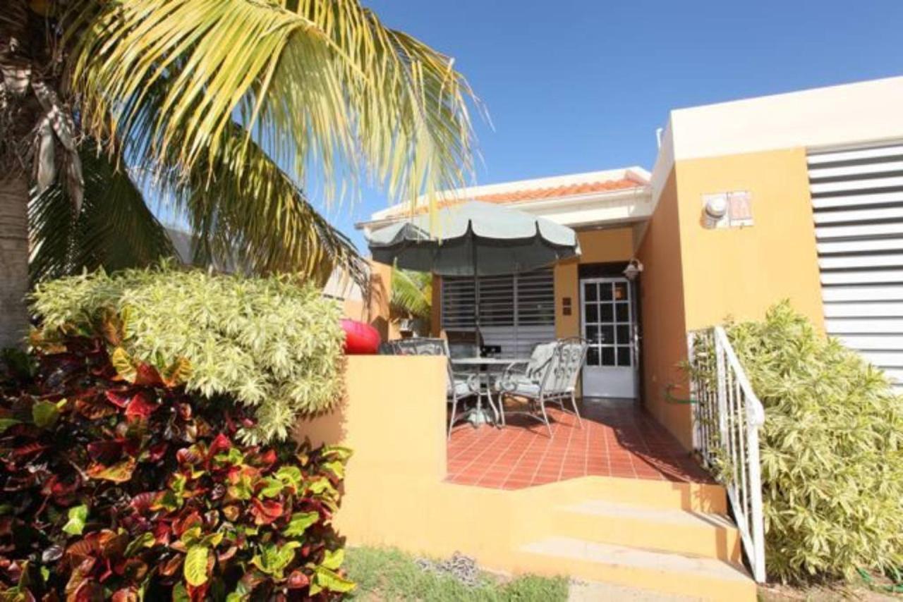 Modern Villa with Beach Proximity_CVR12.jpg