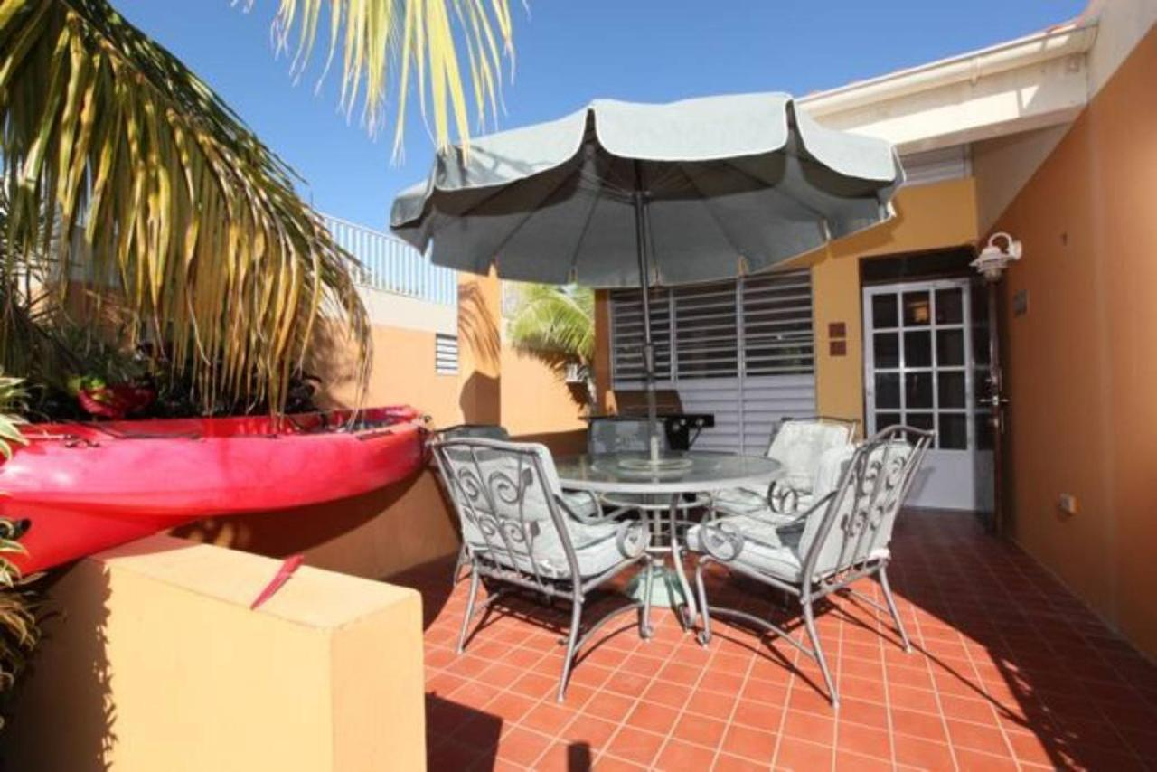 Modern Villa with Beach Proximity_CVR13.jpg