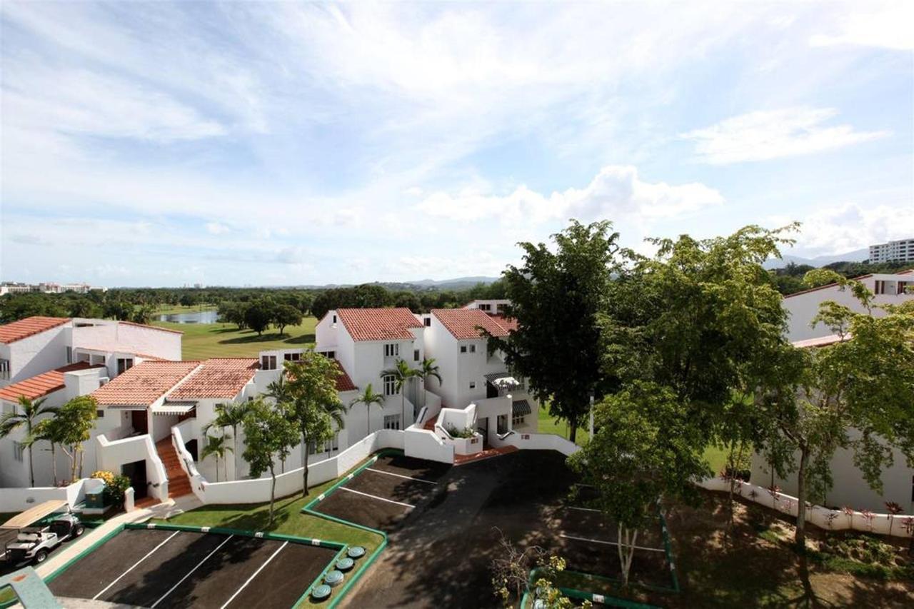 Astounding Villa within Rio Mar_CVR13.jpg