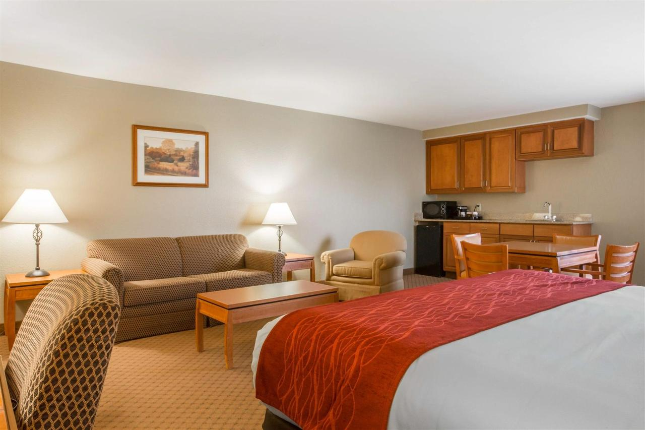HospitalitySuite 4.jpg