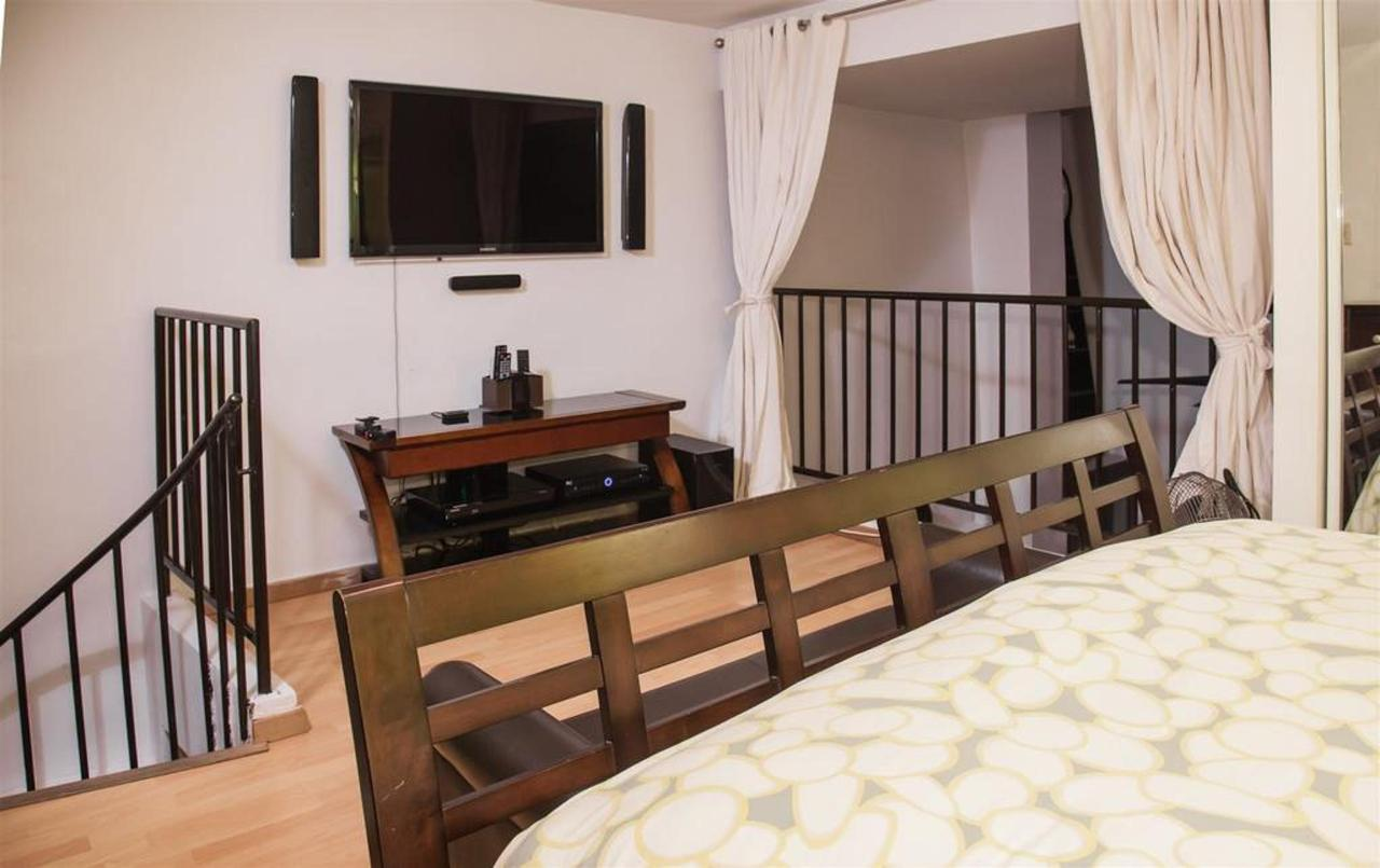 El Gambaro Luxurious Loft_CVR13.jpg