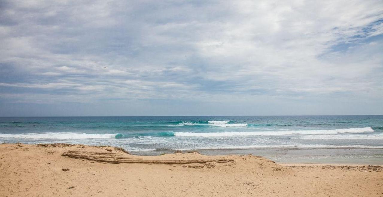 Peaceful Beachfront Penthouse_CVR31.jpg
