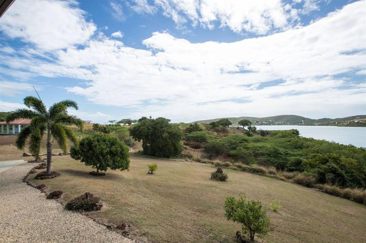 Bella Vista Estates_CVR23.jpg