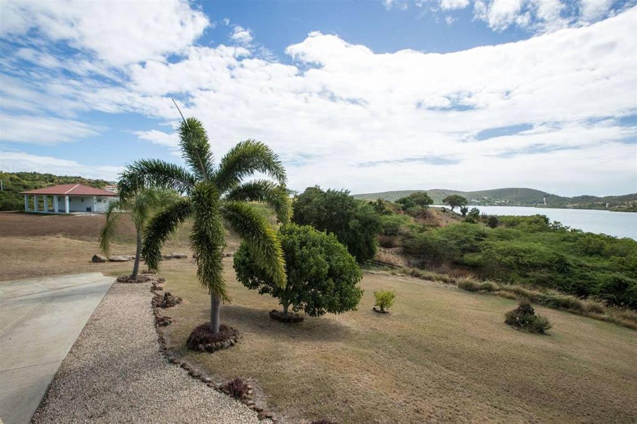 Bella Vista Estates_CVR24.jpg