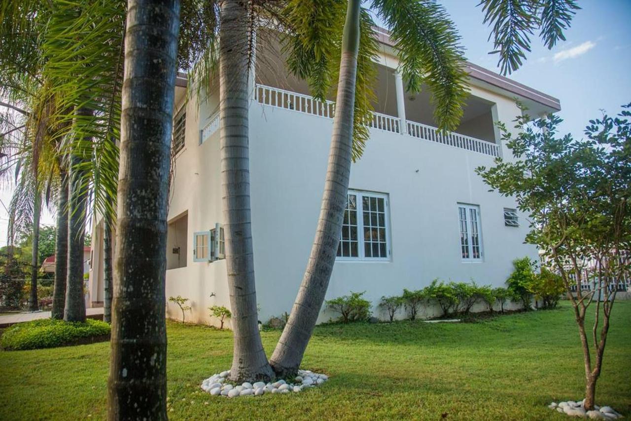 Properties_CVR542.jpg