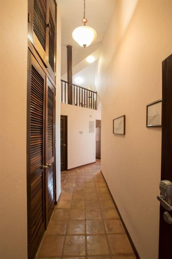 Properties_CVR952.jpg