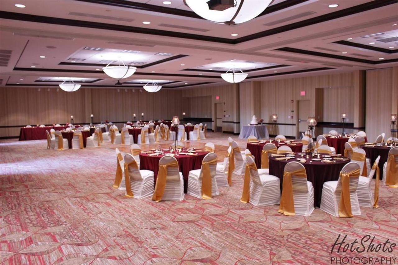 banquet-room_layout-from-corner.jpg.1080x0.jpg