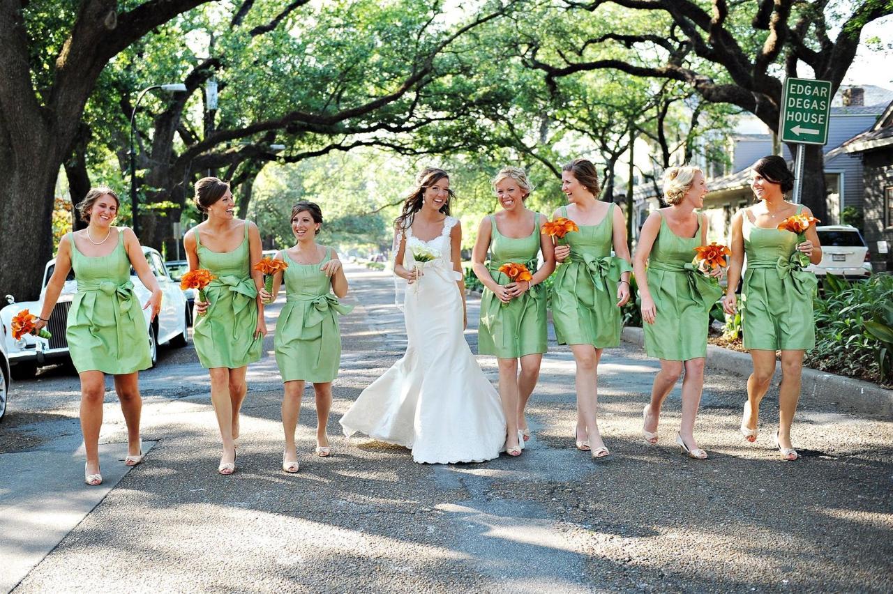 bridebridesmaids-on-esplanade-st.JPG