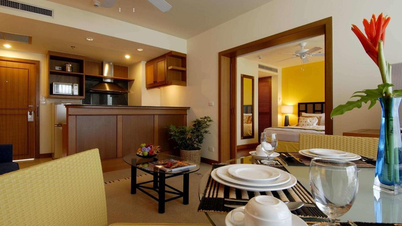 Jr. Suite with Kitchen.jpg