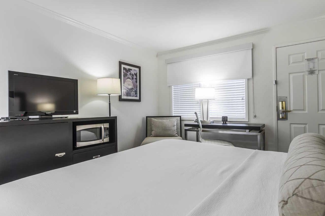 1-king-bed-4-1.jpg