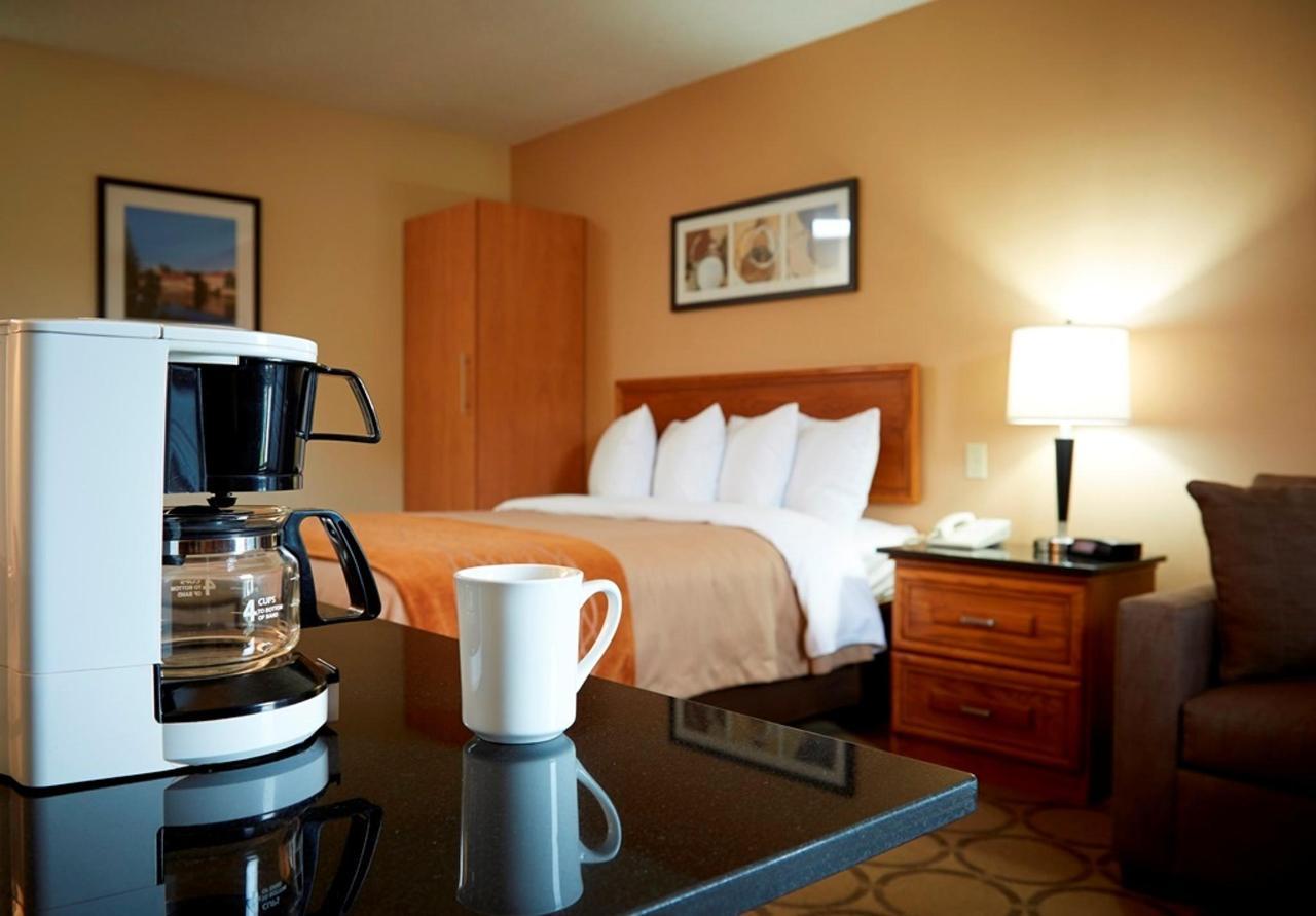 pillowtop-king-guestroom.jpg.1024x0.jpg