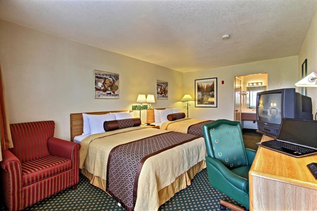 2-bed-room-from-door.jpg