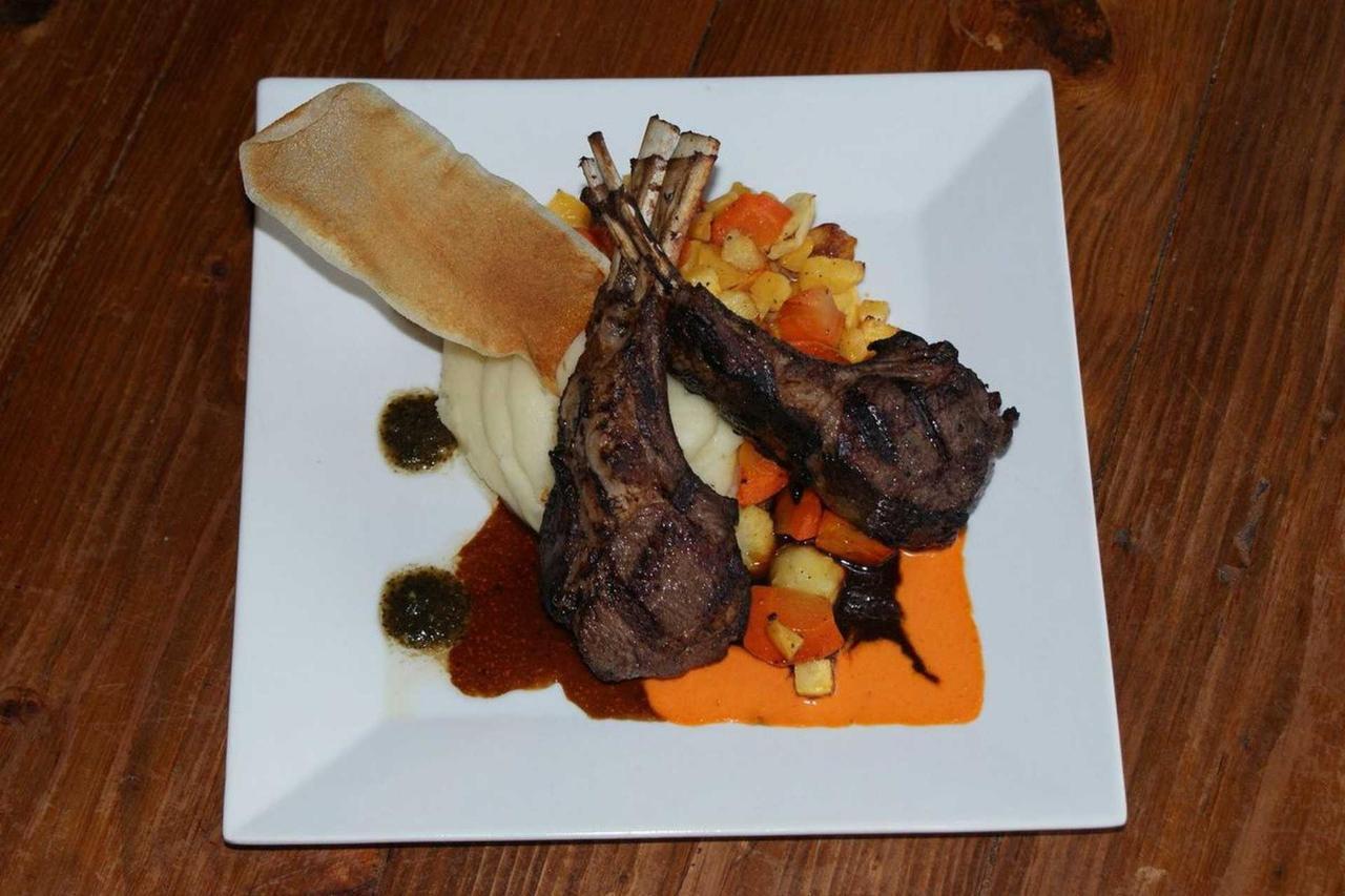 lamb-chops1.jpg.1920x0.jpg