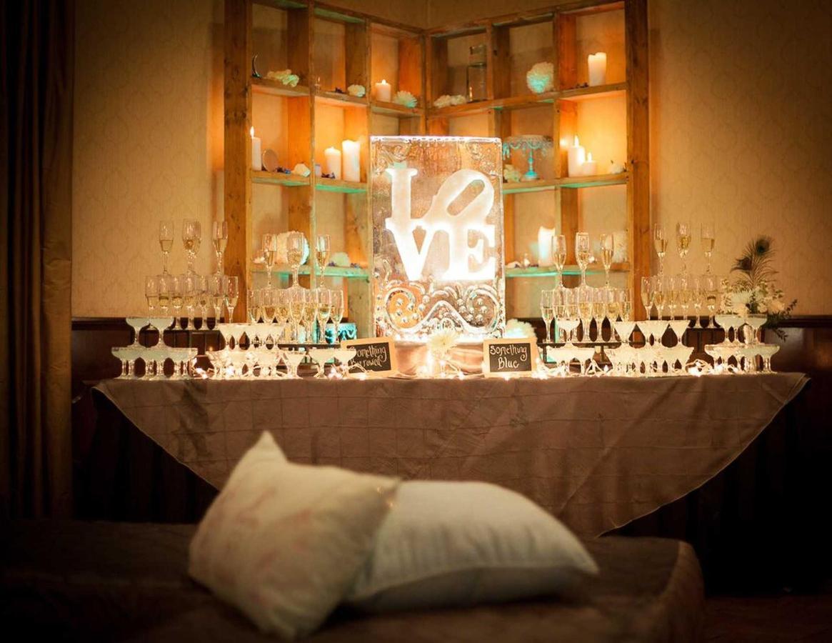love-martini-bar-1.jpg.1920x0.jpg