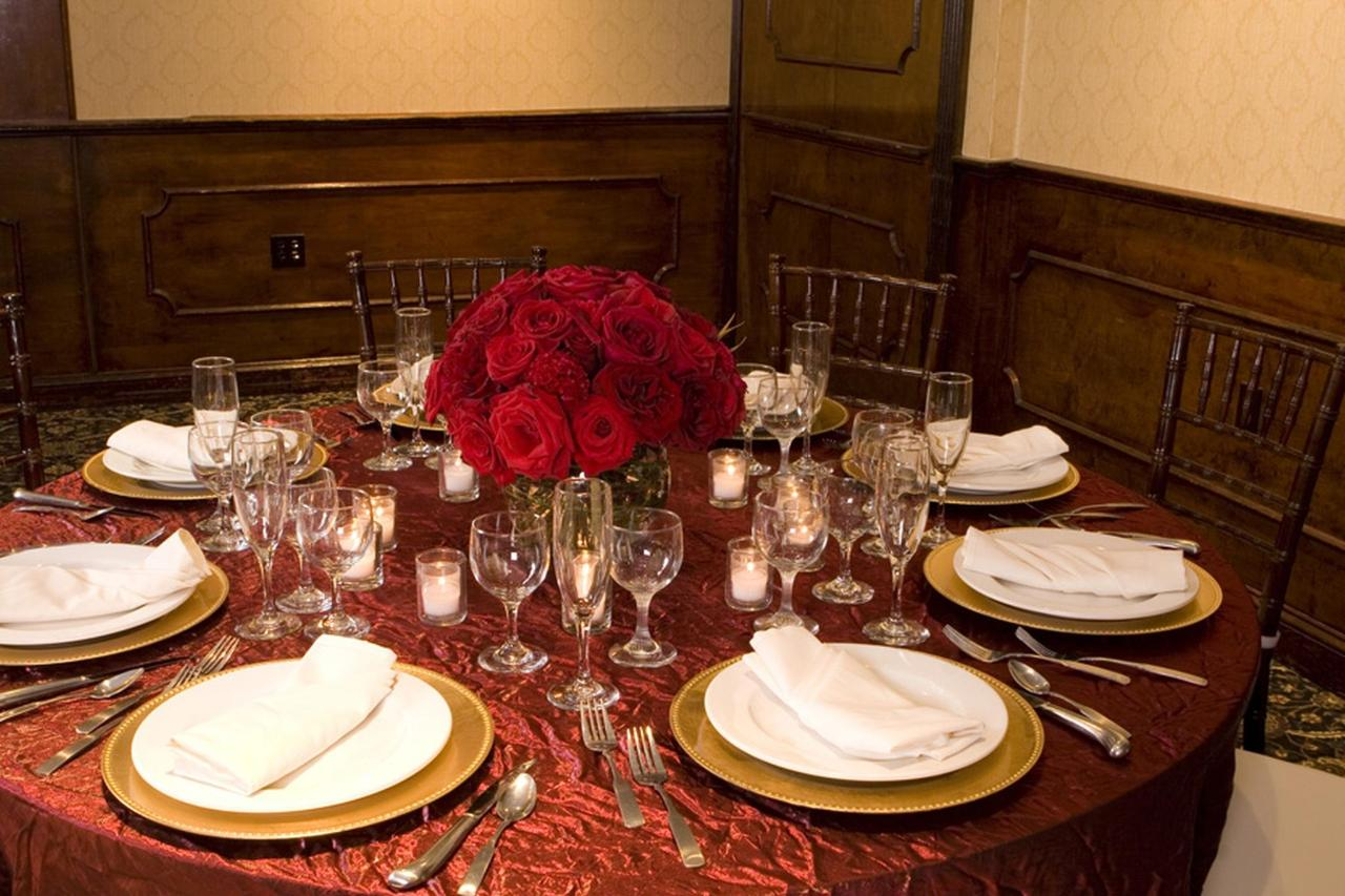 main-ballroom-red-table-top.bmp.1920x0.jpg