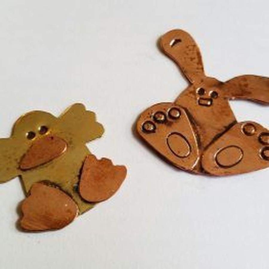 animal-keychain_necklace-for-web.jpg.1024x0.jpg
