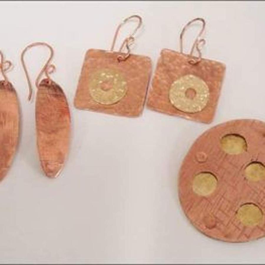intro-to-metal-jewelry.jpg.1024x0.jpg