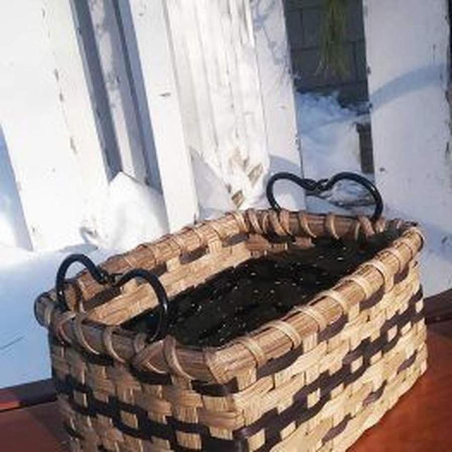 muffin-basket.jpg.1024x0.jpg