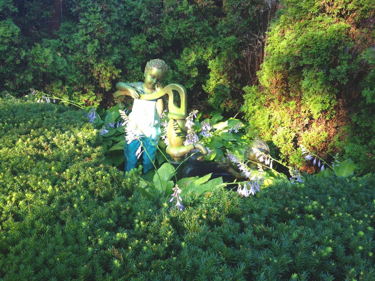 12-gardens33.jpg.1920x0.jpg