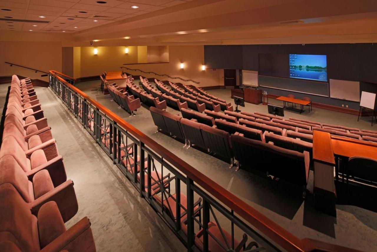 fort-howard-theater.JPG