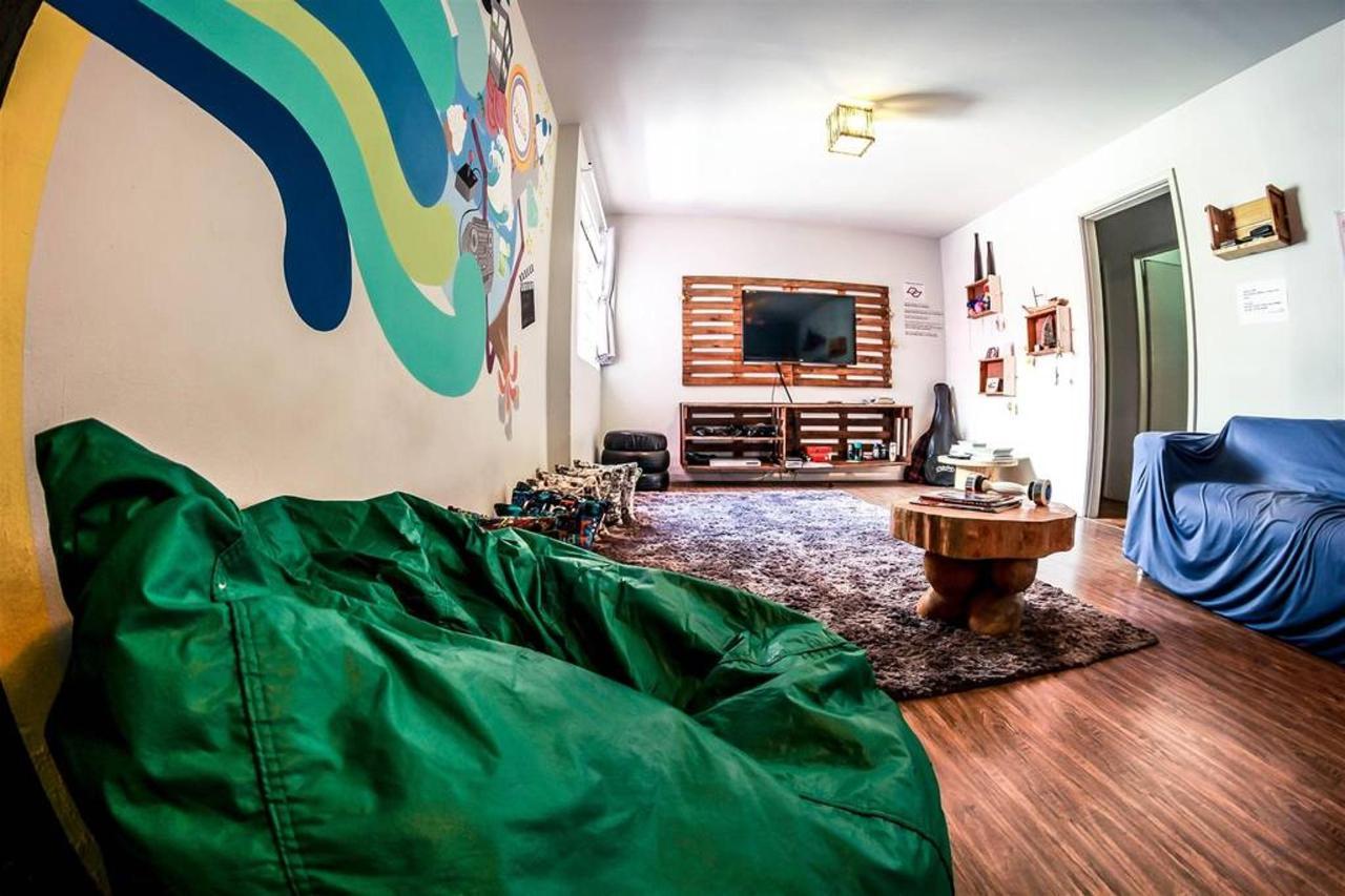 chambre tv4.jpg.1024x0.jpg