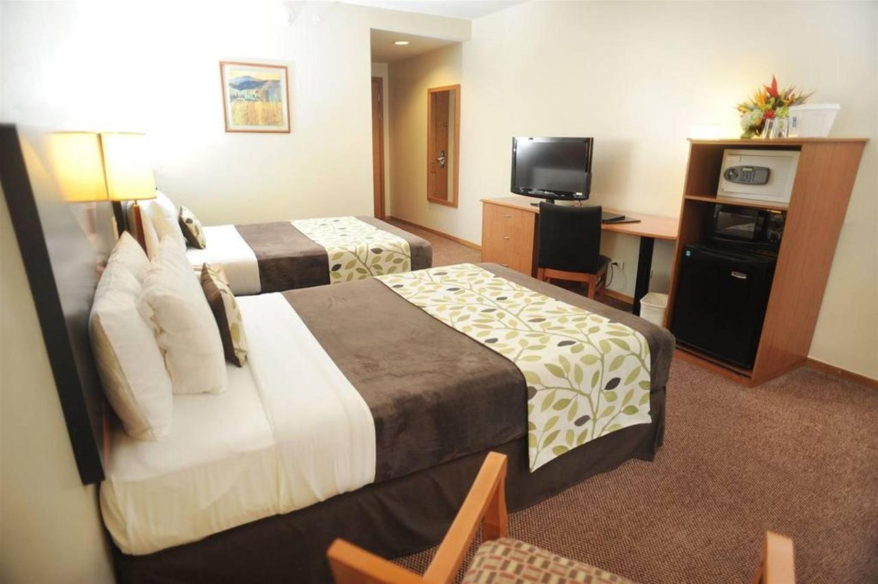 Rooms_PaseoLasDamas2.JPG