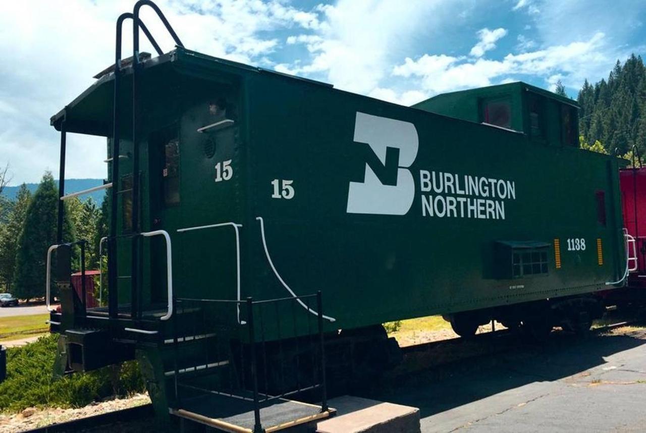 burlington-northern.jpg.1080x0.jpg