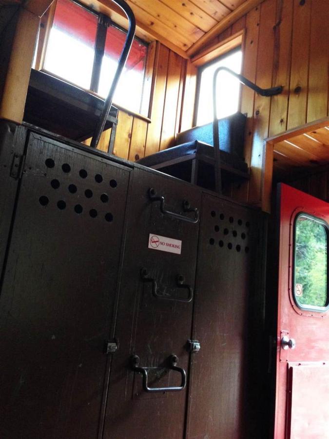rrp-red-door-cupola.jpg.1080x0.jpg
