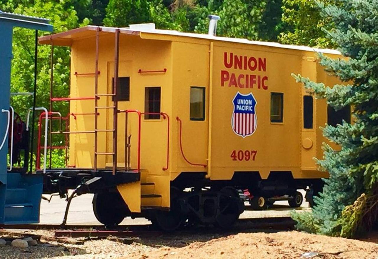 union-pacific-view-1.jpg.1080x0.jpg