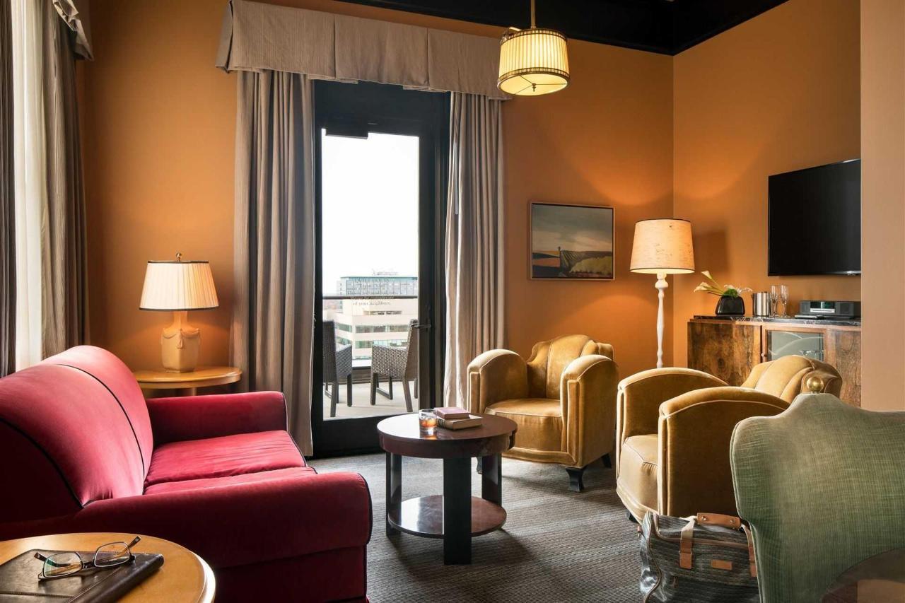 ak_sacak_penthouse_suite_living_room-2.jpg