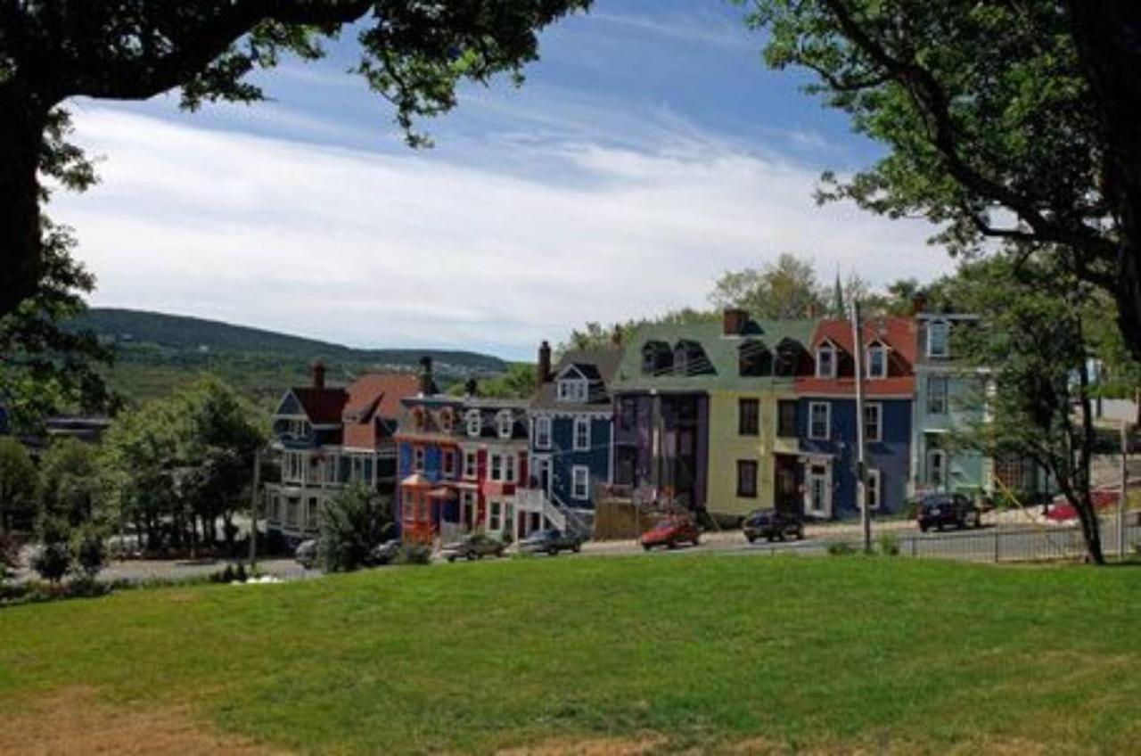 Garrison Hill Houses.jpg